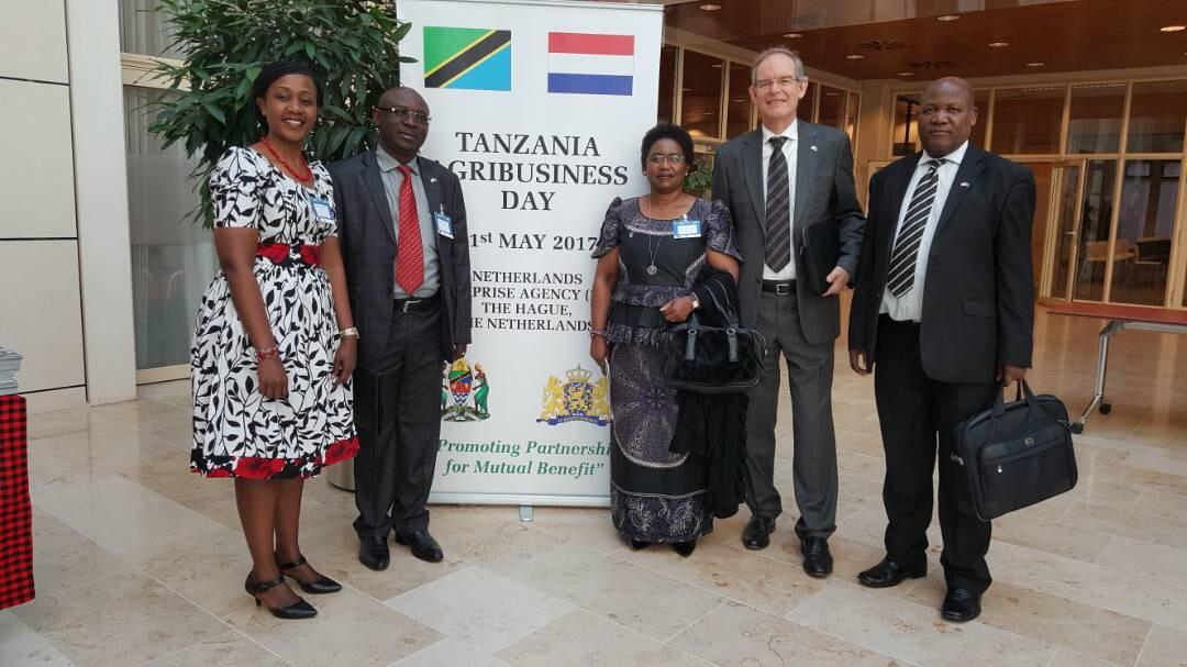 picha-5_H.E. Irene Kasyanju, H.E Jaap Fredericks, PS (Agriculture) Mathew Mtigumwe, PS (Fisheries) Yohana Budeba, and CEO (TAHA) Jacqueline Mkindi.